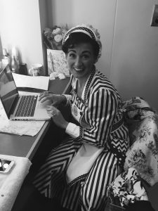 nia-on-laptop-in-chitty