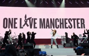 GettyImages-692287176_ariana_grande_1000-920x584